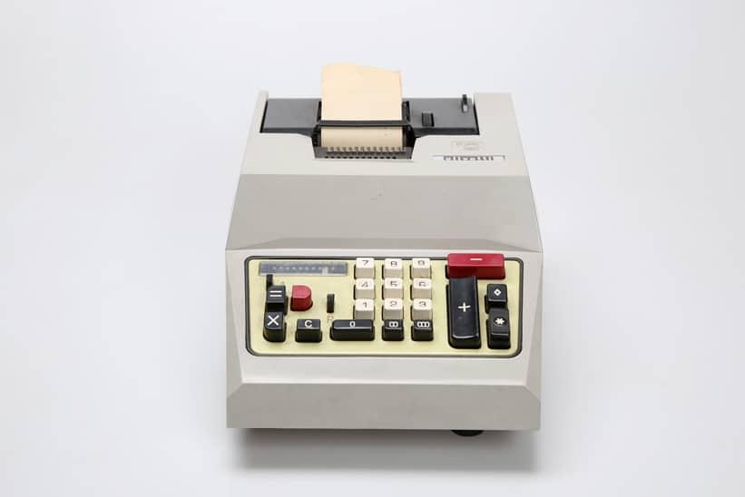 Calcolatrice Olivetti Multisumma 20. Museo di Tipografia Unione.
