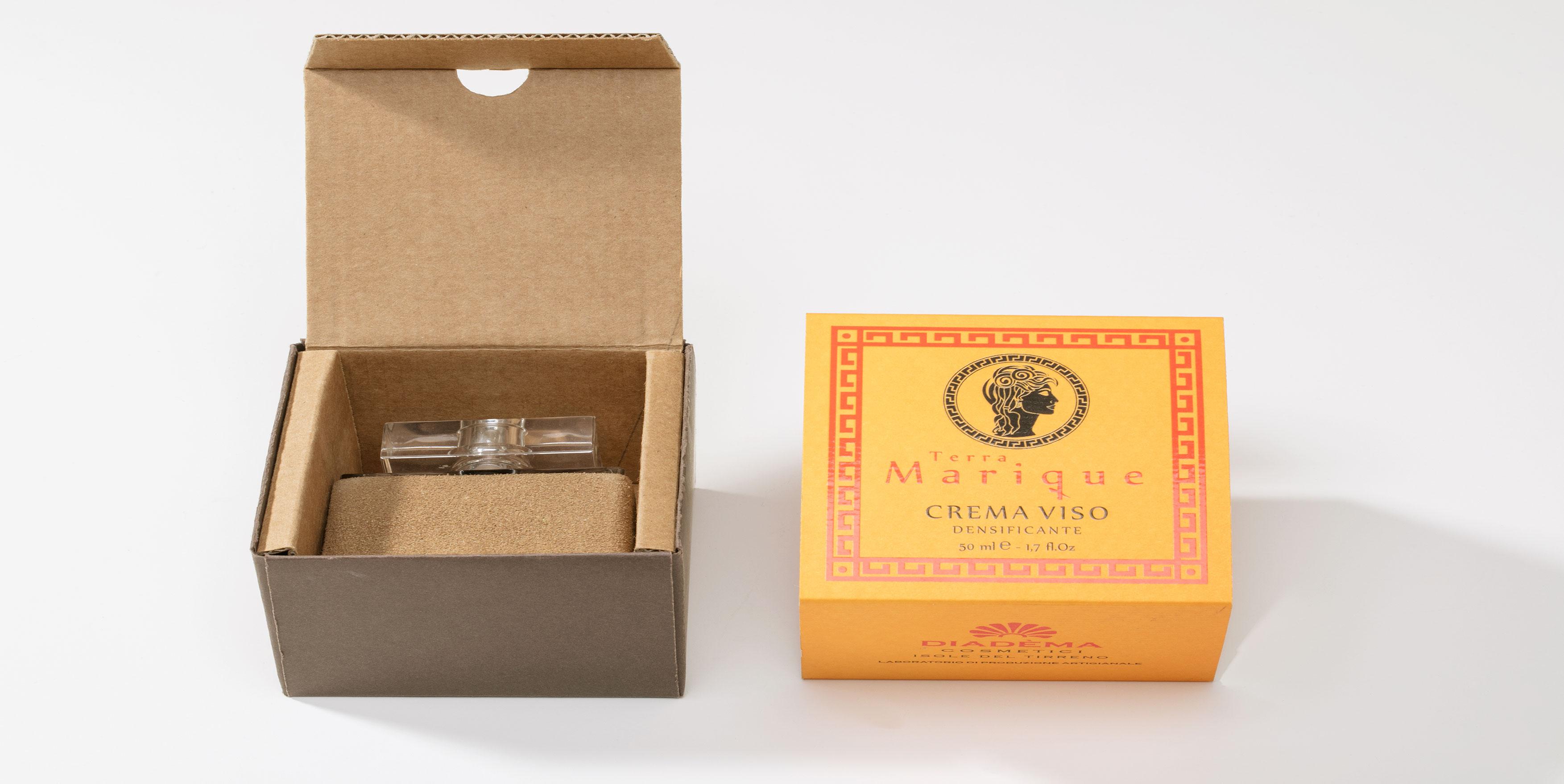 Packaging realizzato per la Crema viso Marique.