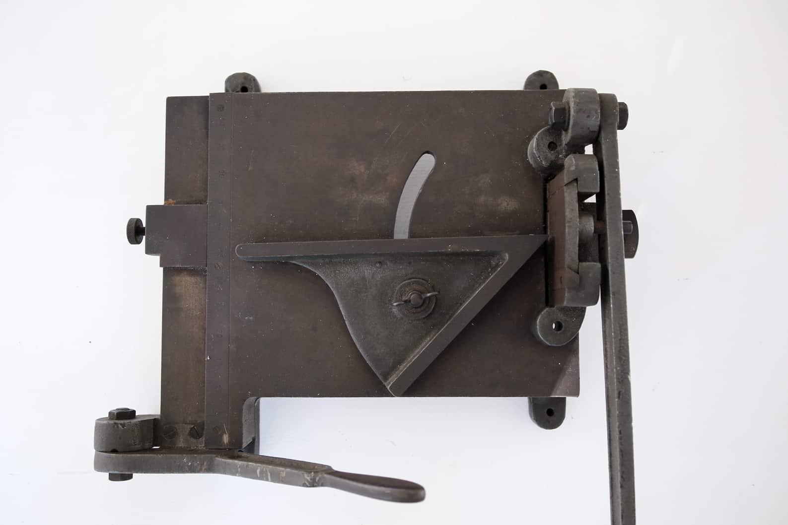 Taglierina lastre di piombo, vista d'insieme. Museo, Tipografia Unione, Vicenza.